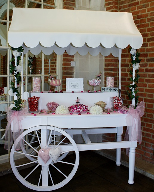 Dolly's Candy Cart - Sweet Cart Buffet